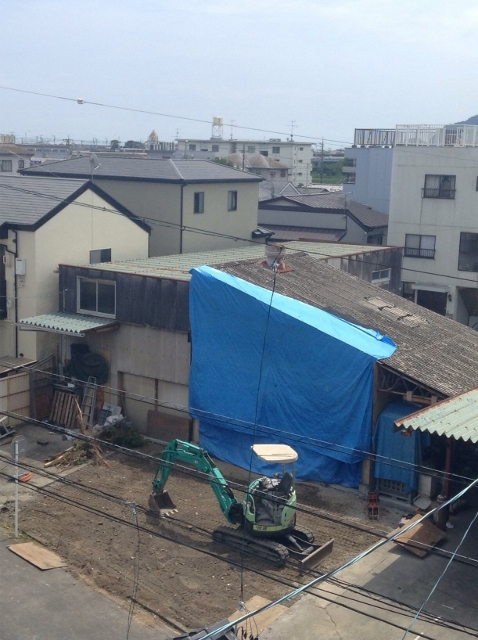 狭小住宅鉄骨3階建て